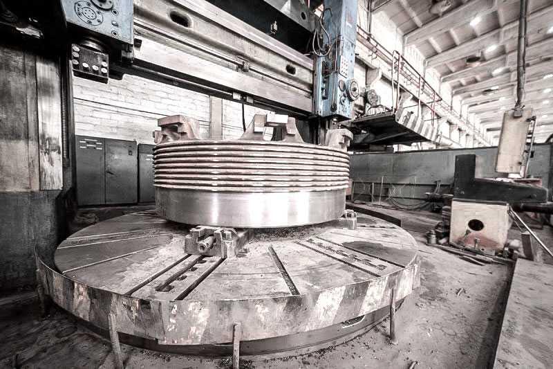 Станки в производственных цехах
